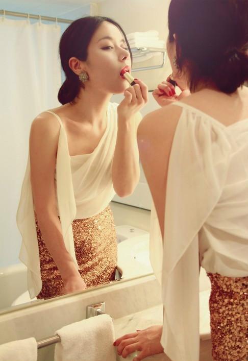 精心收集的美女供欣赏,因为是女子