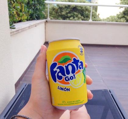 不同口味Fanta. 瓶子控收集