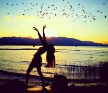 唯美的夕阳下背影图片 夕阳美景