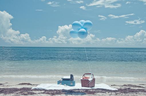 陪你在海边看潮起潮落