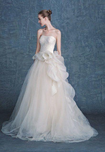 婚纱的唯美 婚纱美女